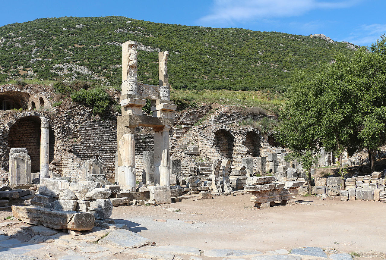 Ephesus_-_Temple_of_Domitian_01